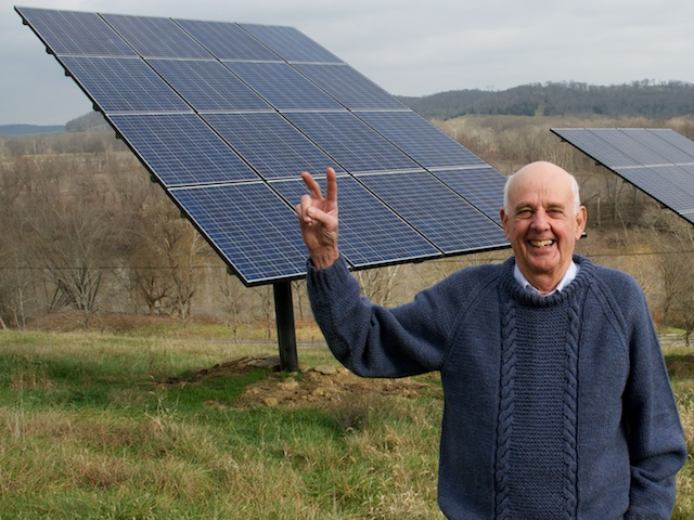 Wendell Berry, above, is among the Trager Institute Gold Standard for Optimal Aging honorees for 2020. Photo by Guy Mendes.