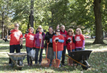 Several hundred UofL faculty, staff, students and alumni flocked to several sites across the campus and city for the university's inaugural week of service last week.