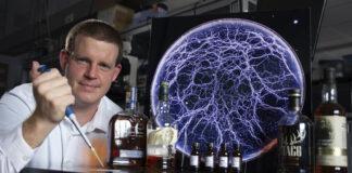 Speed School of Engineering associate professor Stuart Williams